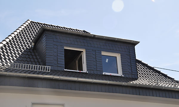 Fensterdach-Bügeler Bedachungen Dachdeckermeisterbetrieb Siegen
